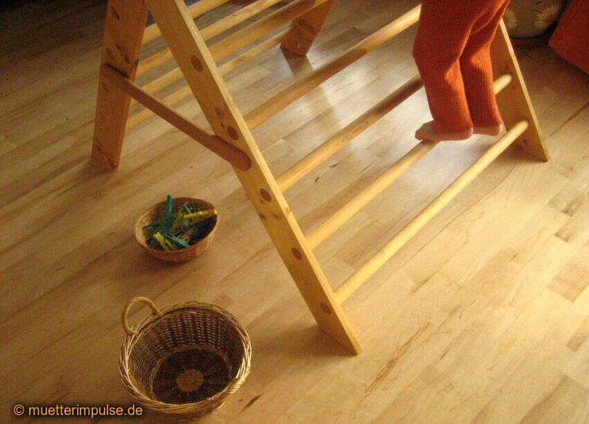 Kletterdreieck Pikler Gebraucht : Pikler statt pekip warum ich spielräume liebe und