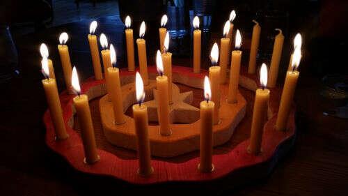 Adventsspirale mit Kerzen